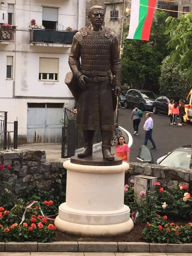 Паметникът на хан Алцек в Челе ди Булгерия